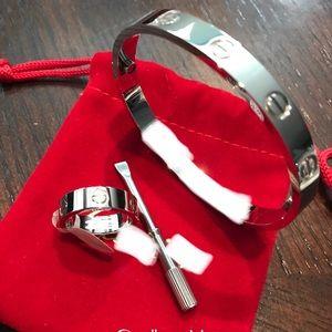 Jewelry - Fashion ❤️ Bangle Bracelet & Ring Set